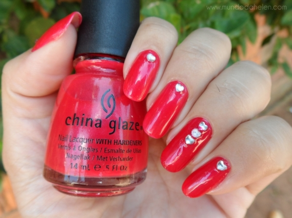 CHINA GLAZE - HAWAIIAN PUCH 1