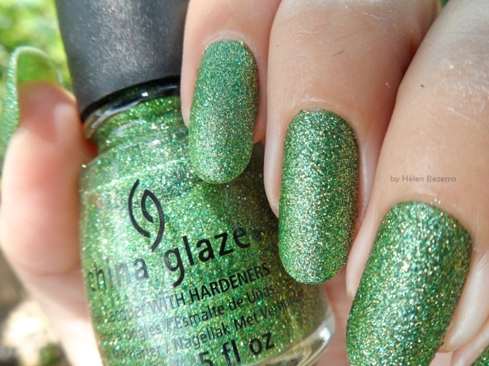 CHINA GLAZE - THIS IS TREE MENDOUS 3